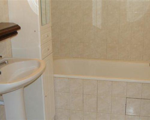 gite 7 Les Lauriers salle de bain 040
